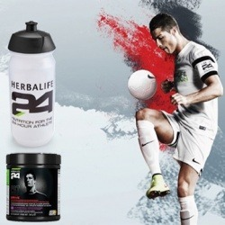 Pack CR7 Cristiano Ronaldo Herbalife bebida y cantimplora